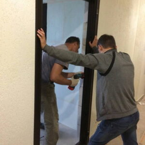 installation-of-metal-doors-720x720-v1v0q70
