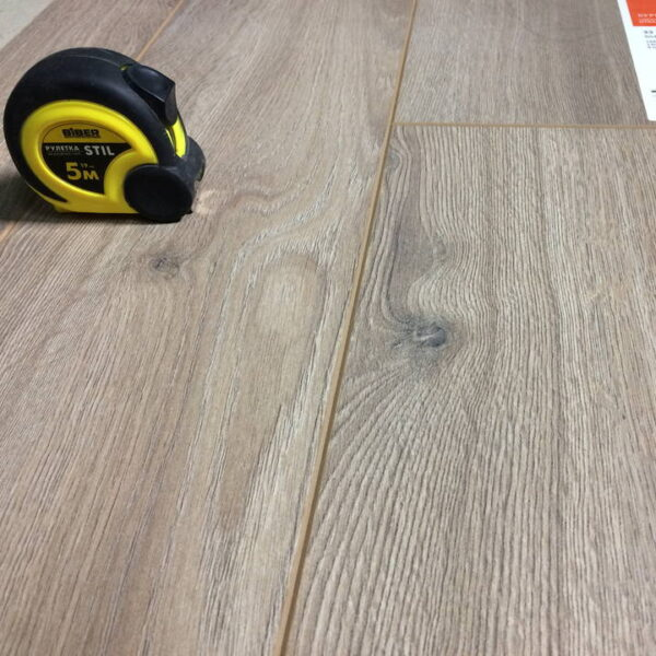 laminate-tarkett-cruise-832-cunard-720x720-v1v0q70