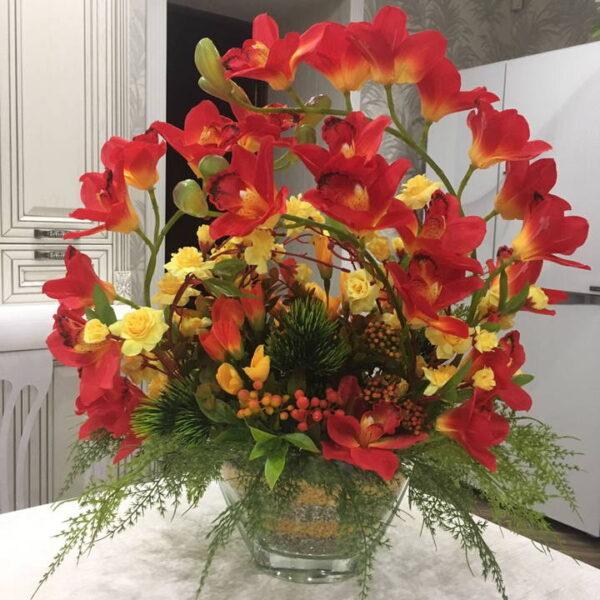 flower-composition-handmade-anniversary-720x720-v1v0q70