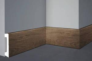 plinth-floor-decomaster-d235-in-the-interior-300x200-v1v0q70