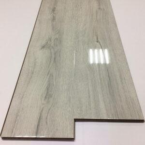 laminate-afloor-shine-12601-720x720-v1v0q70