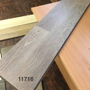 laminate-mostflooring-brilliant-a11716-720x720-v1v0q70